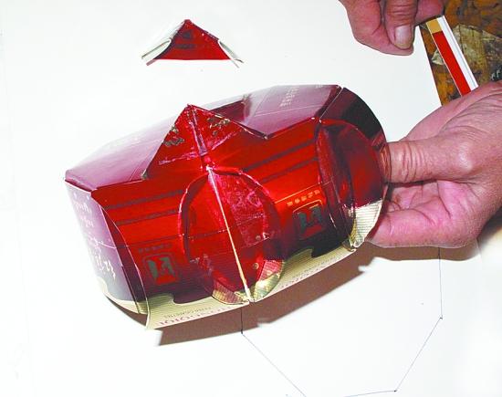 用烟盒叠工艺品图解;