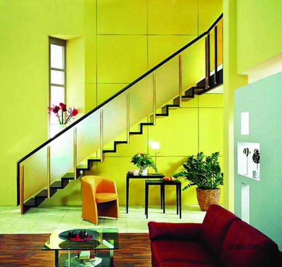 安装室内楼梯 比例风格要统一