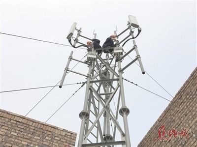 中国铁塔焦作市分公司建设维护部项目经理张培带领
